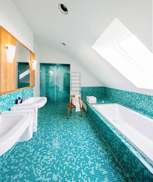 Moderne innenarchitektur badezimmer  Einfamilienhaus Franken - Badezimmer