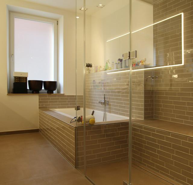 Familienbad Aus Zwei Mach Eins Grosse Dusche Modern