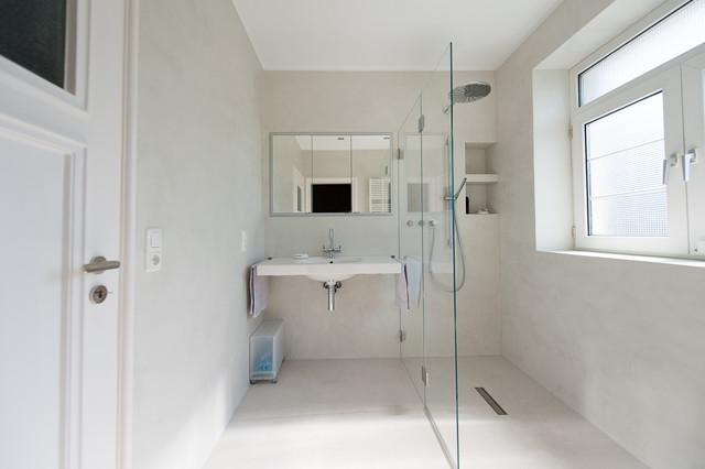 fugenlose badgestaltung modern badezimmer k ln von. Black Bedroom Furniture Sets. Home Design Ideas