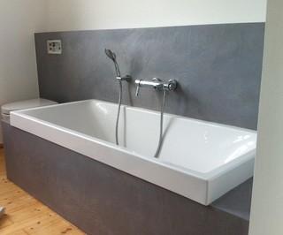 fugenlose b der in wasserfestem putz modern badezimmer. Black Bedroom Furniture Sets. Home Design Ideas