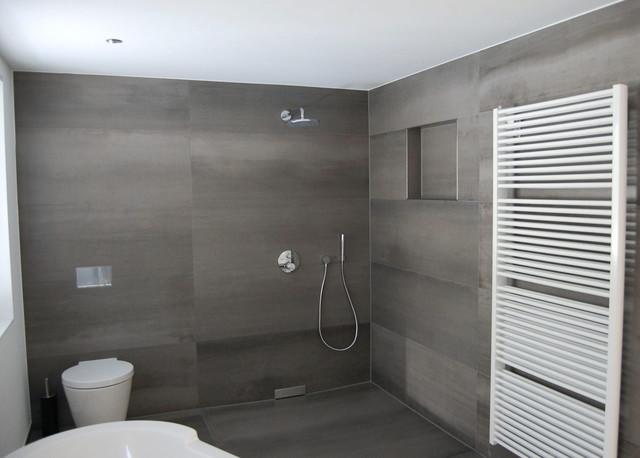 Großformatige Fliesen - Modern - Badezimmer - Sonstige - von ...