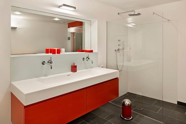 Haus kressbach modern badezimmer stuttgart von - Badezimmer stuttgart ...