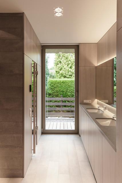 haus wandlitz minimalistisch badezimmer berlin von 2d architekten. Black Bedroom Furniture Sets. Home Design Ideas