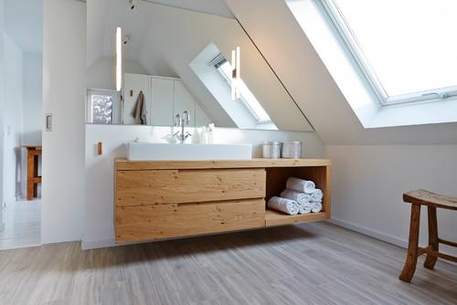 Bad mit Dachschräge: 8 Dinge, die Sie beim Planen beachten ...