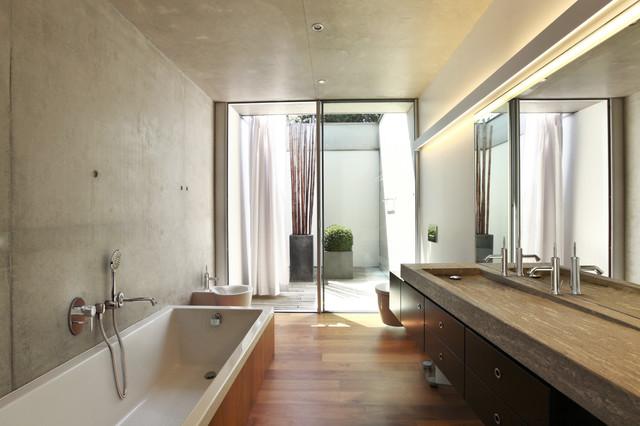 in2aqua Badarmaturen Linie CLASSIC contemporary-bathroom