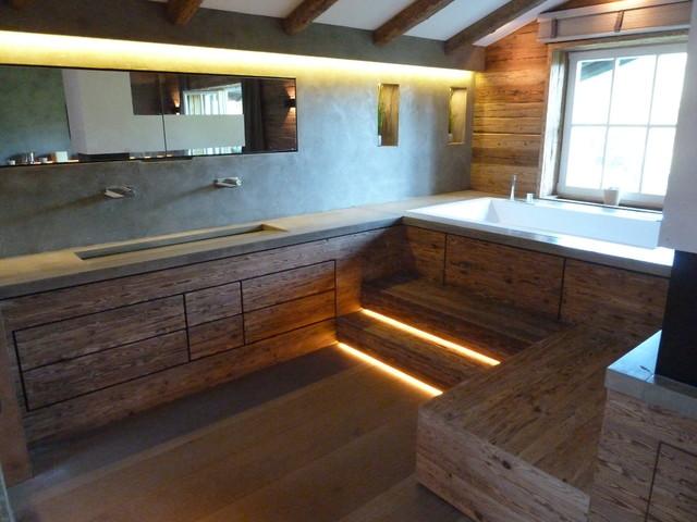 innenausbau in altholz landhausstil badezimmer. Black Bedroom Furniture Sets. Home Design Ideas