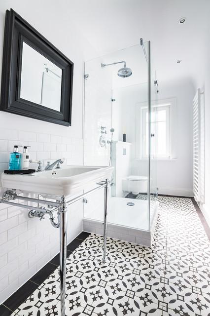 Klassisch Badezimmer Traditional Bathroom