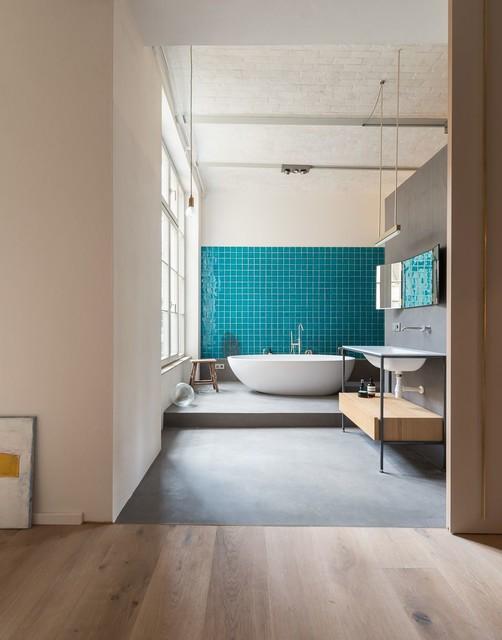 loft in berlin mitte modern badezimmer berlin von schickwohnen. Black Bedroom Furniture Sets. Home Design Ideas