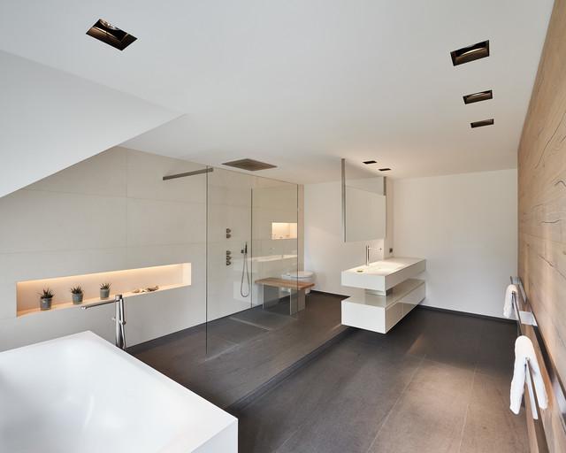 Luxusbad, Haus K - Minimalistisch - Badezimmer - Düsseldorf - Von