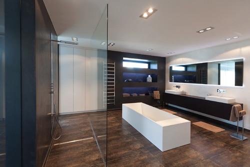kleiderschrank im bad. Black Bedroom Furniture Sets. Home Design Ideas