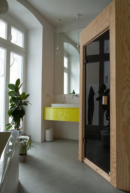 Gelbes bad modern badezimmer berlin von jana for Jana design interiors