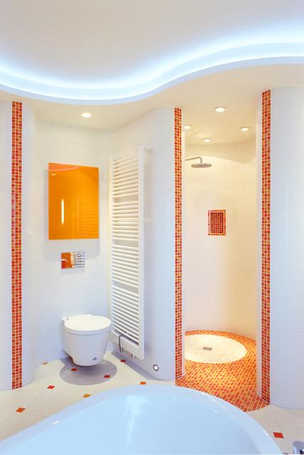 modernes bad mit mosaikfliesen. Black Bedroom Furniture Sets. Home Design Ideas