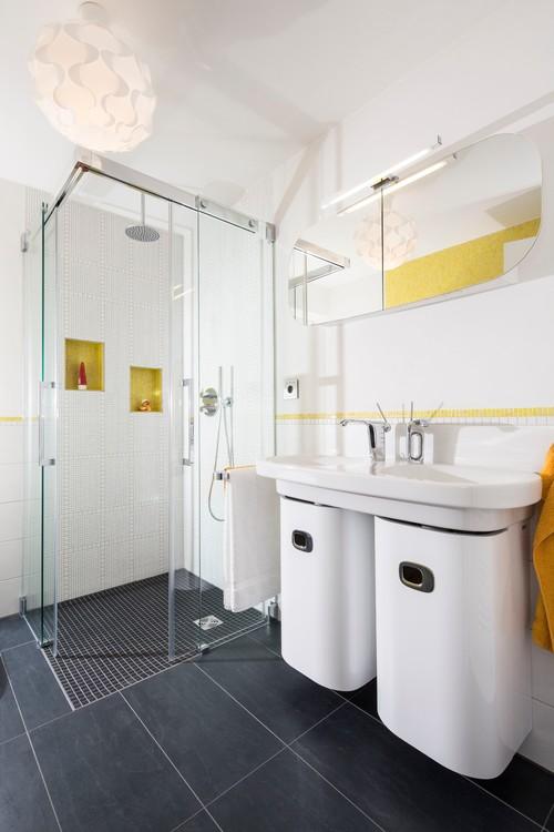 تزیین و چیدمان حمام شیشه ای و سرویس بهداشتتی داخل منزل