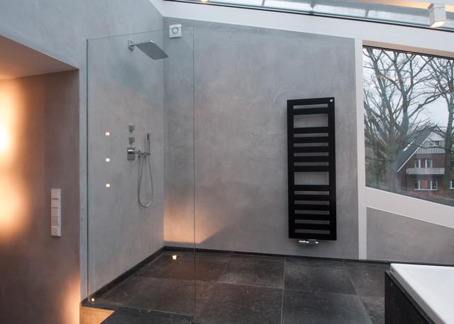 Naturstein trifft Kalkputz - Modern - Badezimmer - Hamburg ...