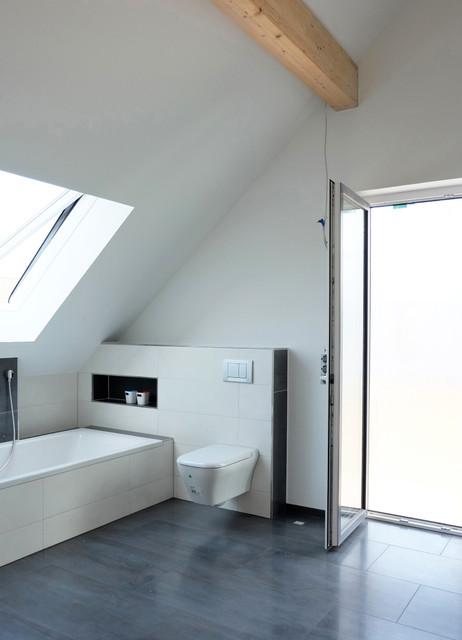 Offener Dachstuhl / Badezimmer