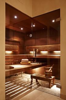 privater wellnessbereich mit pool sauna hamam modern badezimmer m nchen von raumeslust. Black Bedroom Furniture Sets. Home Design Ideas
