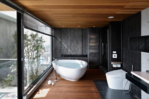 ванная в хайтек дерево черный камень