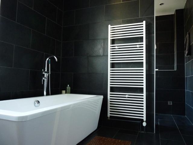 sanierung und einrichtung einer 30er jahre altbauvilla landhausstil badezimmer berlin. Black Bedroom Furniture Sets. Home Design Ideas