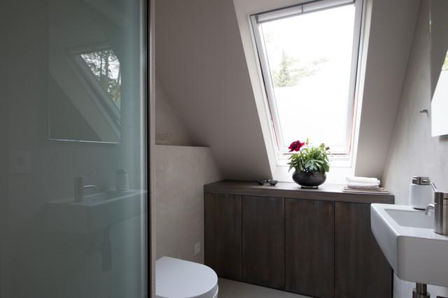 separates wc modern badezimmer berlin von goldmann badmanufaktur. Black Bedroom Furniture Sets. Home Design Ideas