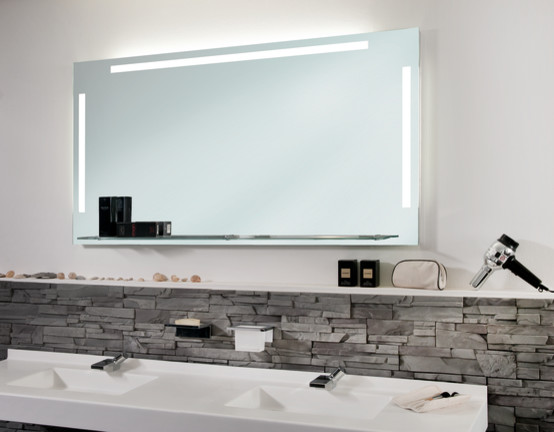 spiegel mit ambientebeleuchtung modern badezimmer. Black Bedroom Furniture Sets. Home Design Ideas