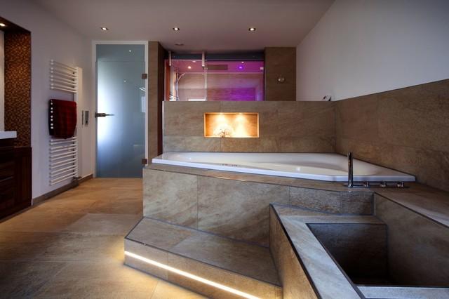 Traum erfüllt – Wellnessoase im eigenen Badezimmer - Modern ...
