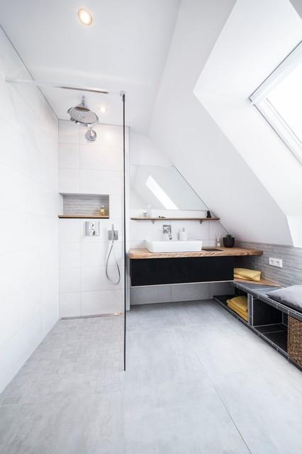 comment garder une douche impeccable. Black Bedroom Furniture Sets. Home Design Ideas