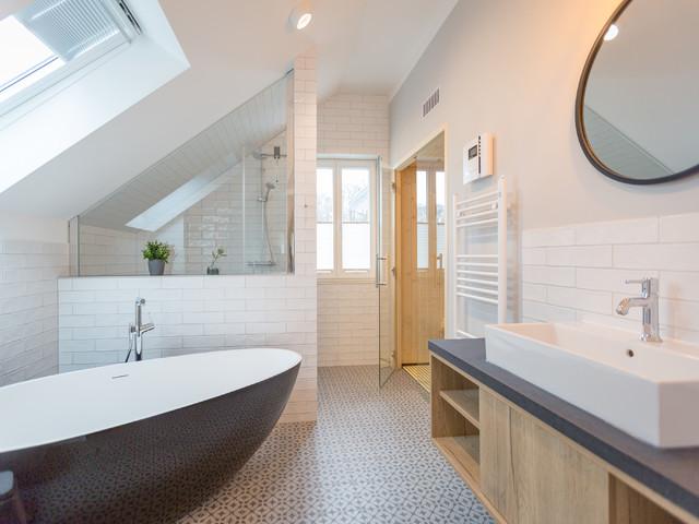 Villa bellevue contemporary bathroom