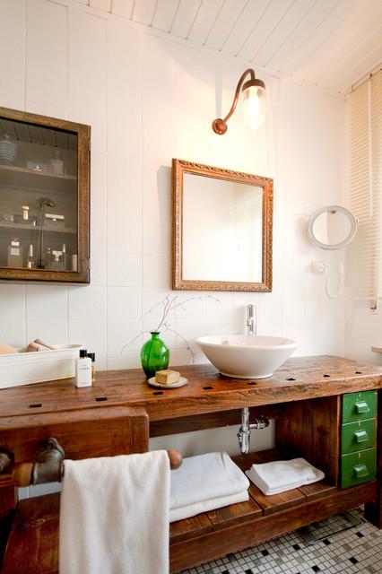 vorher nachher neues badezimmer f r wenig geld eklektisch badezimmer von freudenspiel. Black Bedroom Furniture Sets. Home Design Ideas