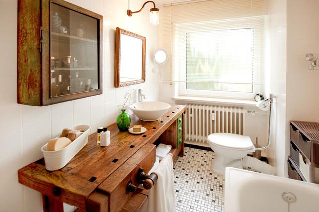 vorher nachher neues badezimmer f r wenig geld industrial badezimmer m nchen von. Black Bedroom Furniture Sets. Home Design Ideas