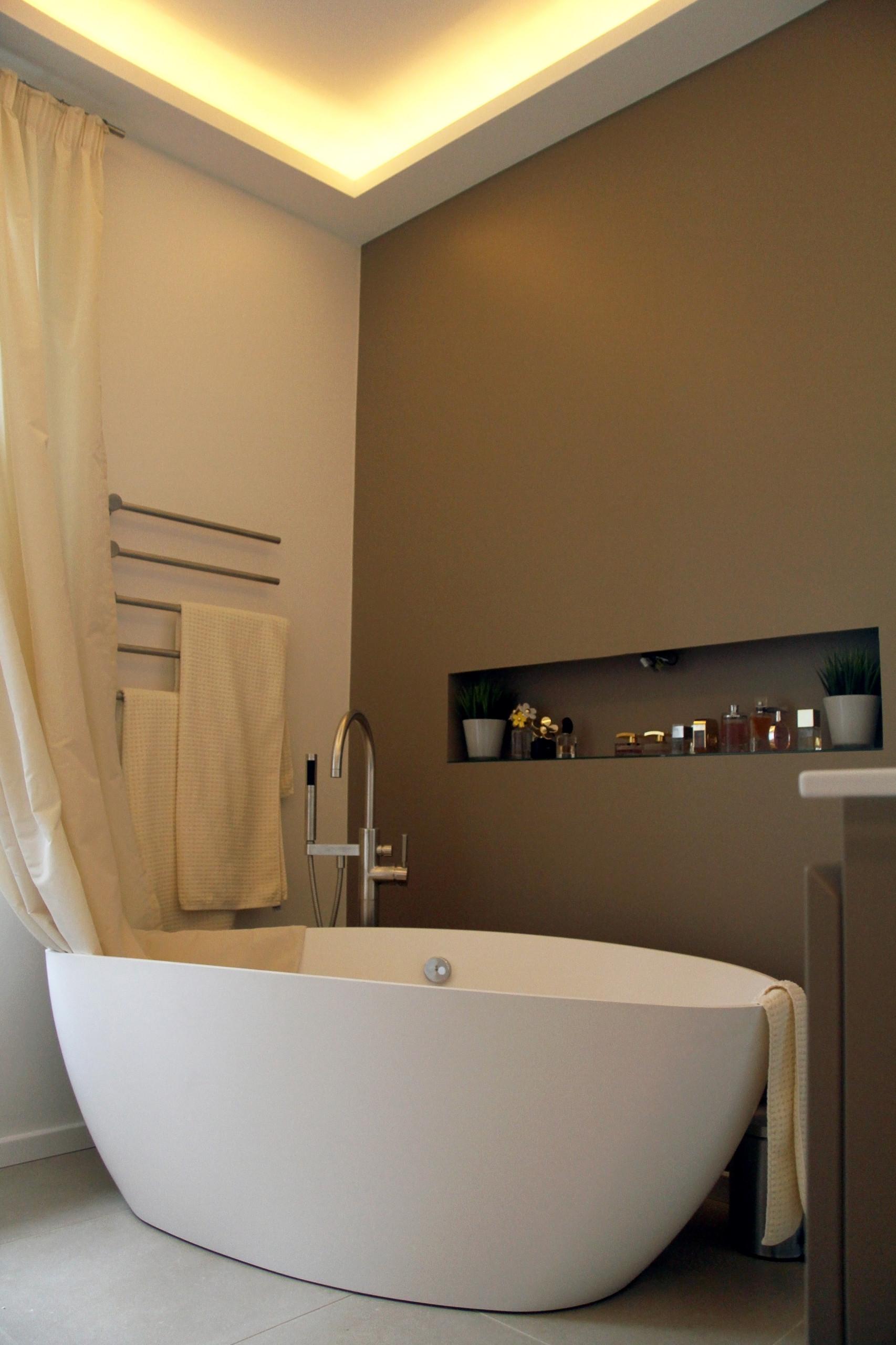 Wand | Decke | Badezimmer