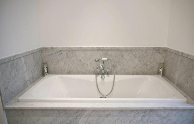 Warme Bad Optik Schwarz Weiße Fliesen Modern Badezimmer