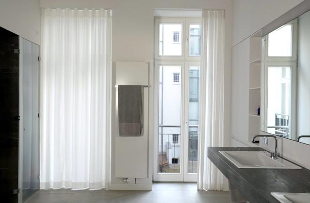 Weiße Vorhänge Im Bad Modern Badezimmer