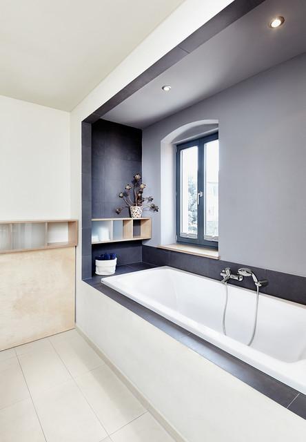 Wohnhaus modern-badezimmer