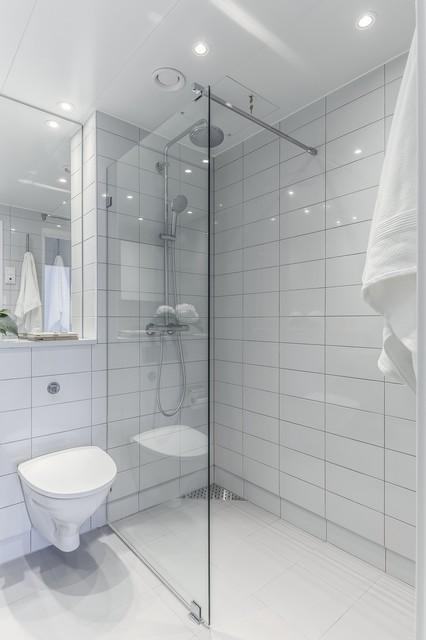 Bengt Färjares väg 32 modern-badrum