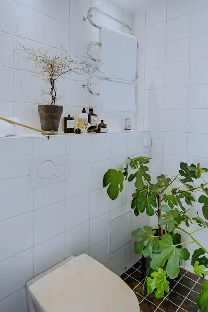 Bild på ett minimalistiskt badrum