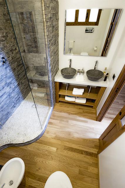 Ristrutturazione in stile industrial per un appartamento for Centro lombardo mobili