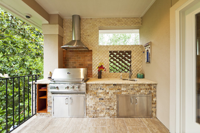 Piney point village remodel modern patio houston for Outdoor kitchen ideas houzz