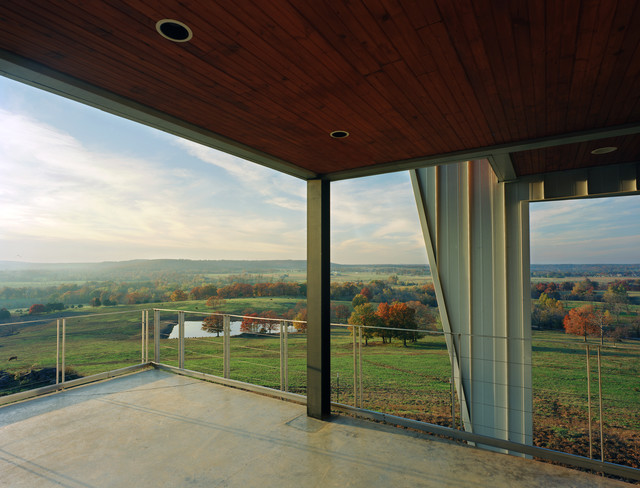 Round Mountain House - Modern - Balcony - by deMx architecture