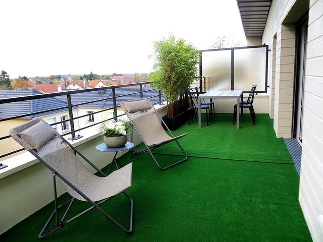 Aménagement d\'une terrasse atypique à Brunoy (91) - Contemporain ...