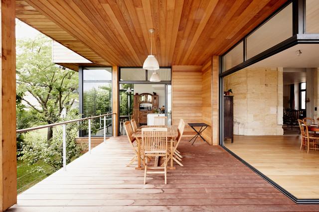 extension maison m33 contemporary balcony bordeaux by cendrine deville jacquot. Black Bedroom Furniture Sets. Home Design Ideas