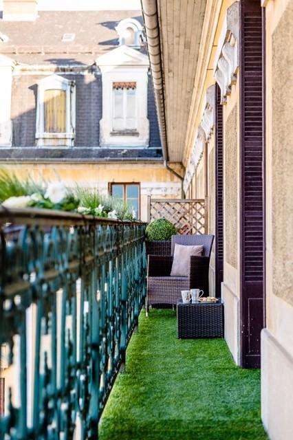 Balcony - traditional balcony idea in Grenoble