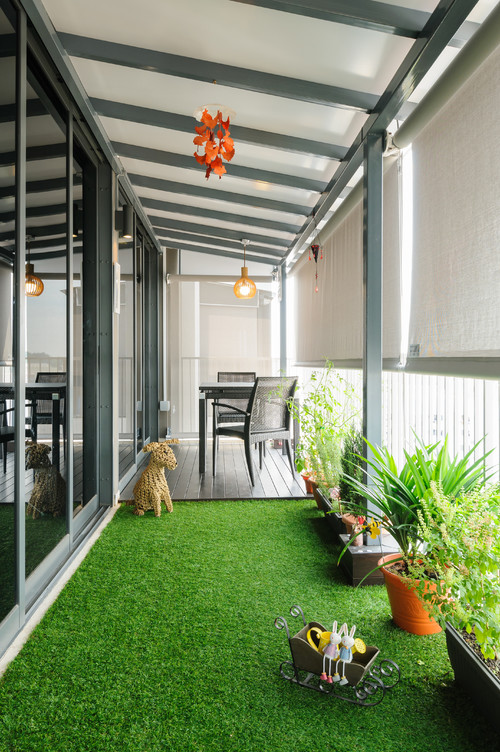 Patio Ideas - For Small Spaces - High-rise balcony in Singapore