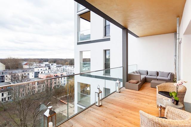 Alt stalau apartment modern balkon berlin von ig