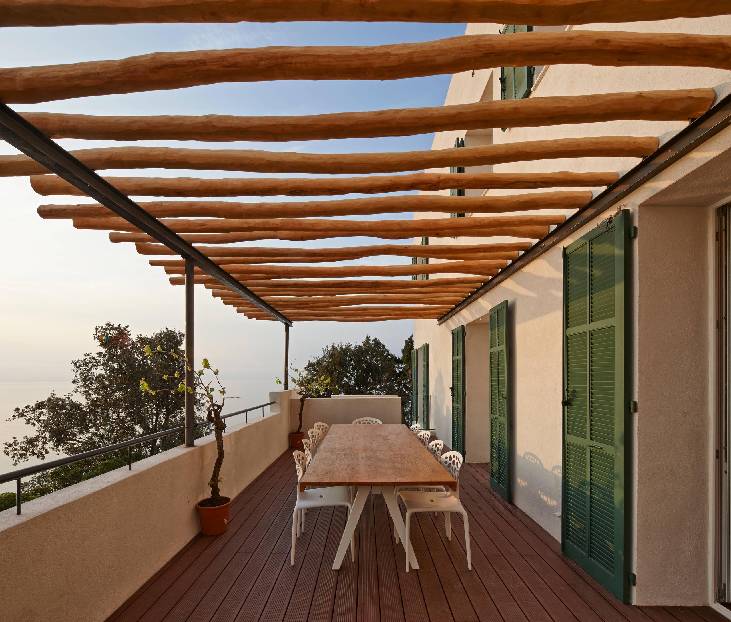 Pergola Bois Et Fer 75 beautiful mediterranean balcony with a pergola pictures