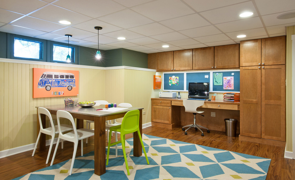 Basement - traditional look-out basement idea in Chicago with multicolored walls