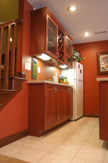 B Residence traditional-basement