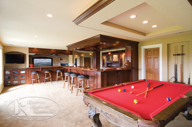 Basement Bar amp Pool Table Traditional Basement  : traditional basement from www.houzz.com size 640 x 424 jpeg 91kB