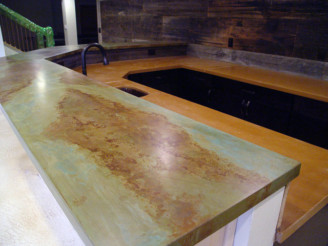 Charmant Basement Bar With Acid Stain Concrete Countertops Shabby Chic Style Basement