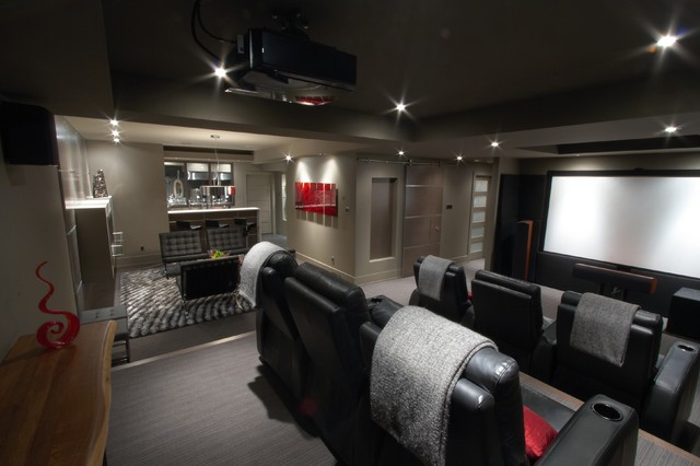 Modern Basement Basement Brewery / Bar / Home Theater