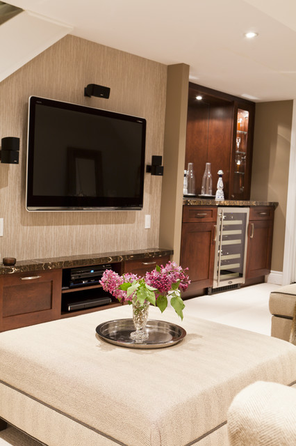 Basement Family Room and Bar - Traditional - Basement ...